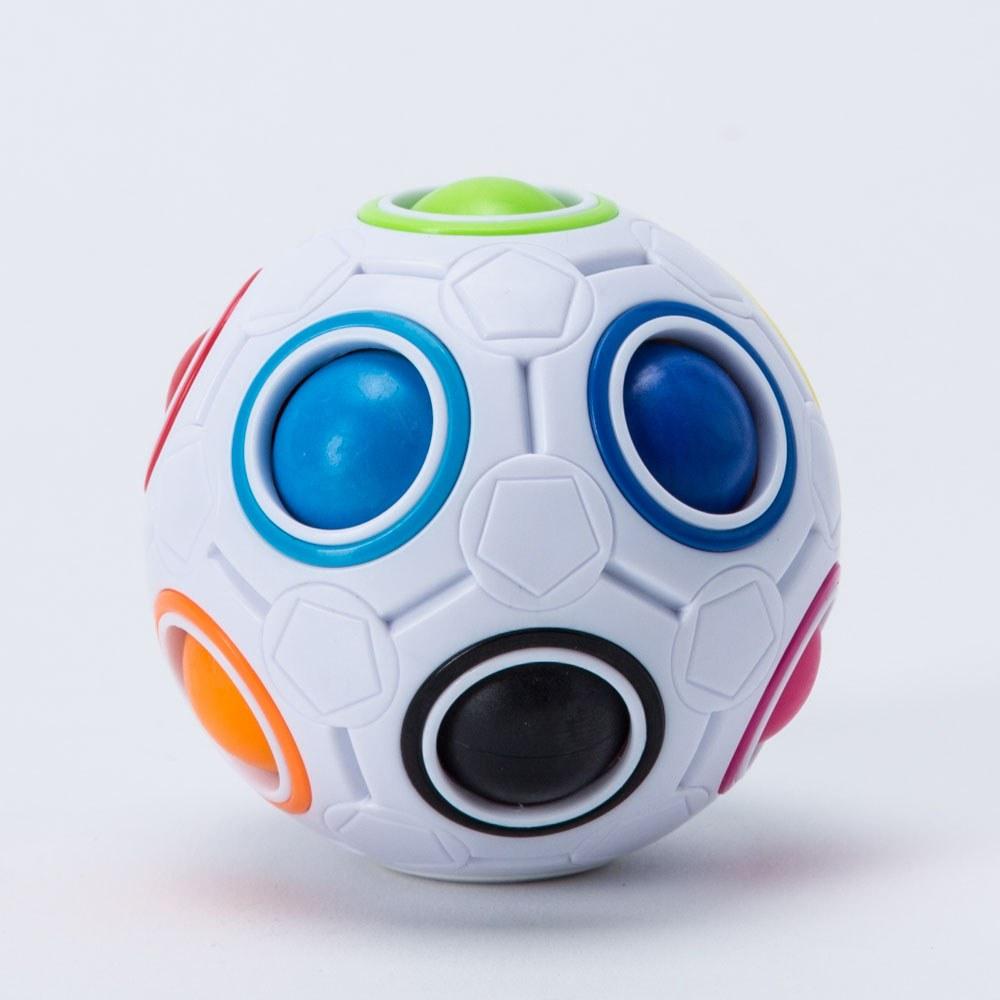 כדור הפלא משחק חשיבה לילדים