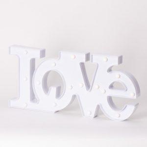 מנורת לילה לד מעוצבת אהבה LOVE לחדרי ילדים -
