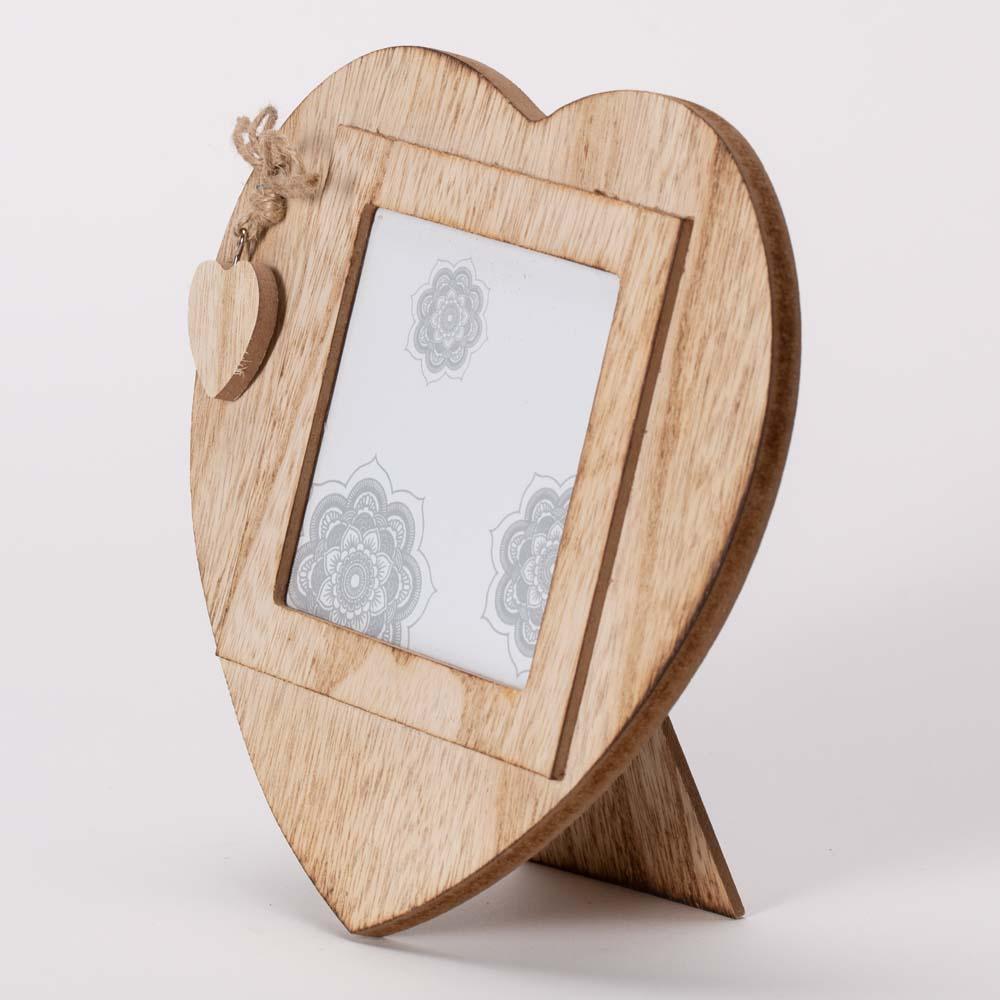 מסגרת לתמונה לב מעץ עם קישוט לב 19X19