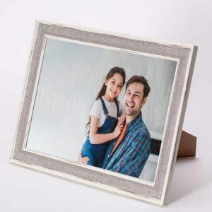 מסגרת לתמונה שולחנית אפורה מעץ 26X34.5 -