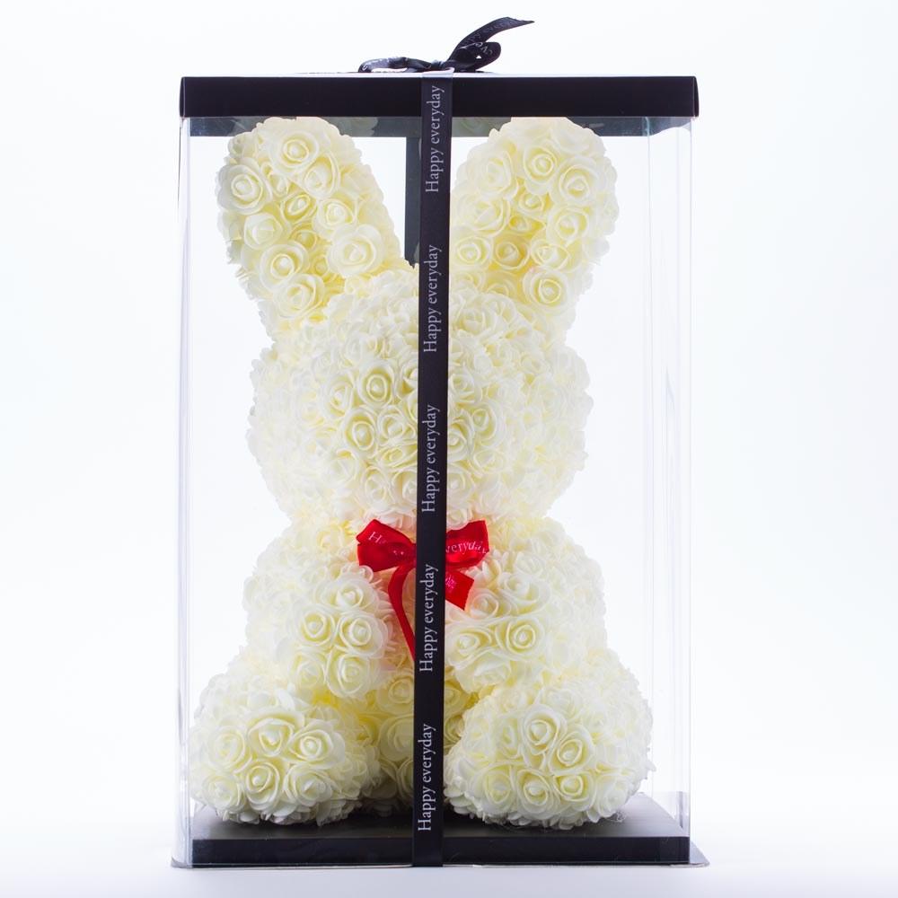 דובי פרחים גדול בעיצוב ארנב בצבע שמנת ופפיון בקופסת מתנה 47 סמ
