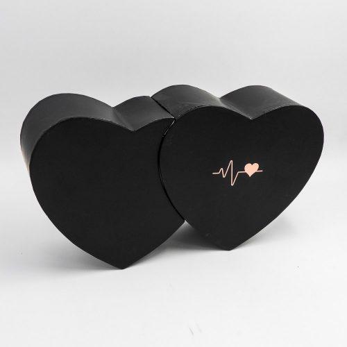 מארז יין ופרלינים משוקולד בקופסת מתנה קופידון שחורה K000038-1