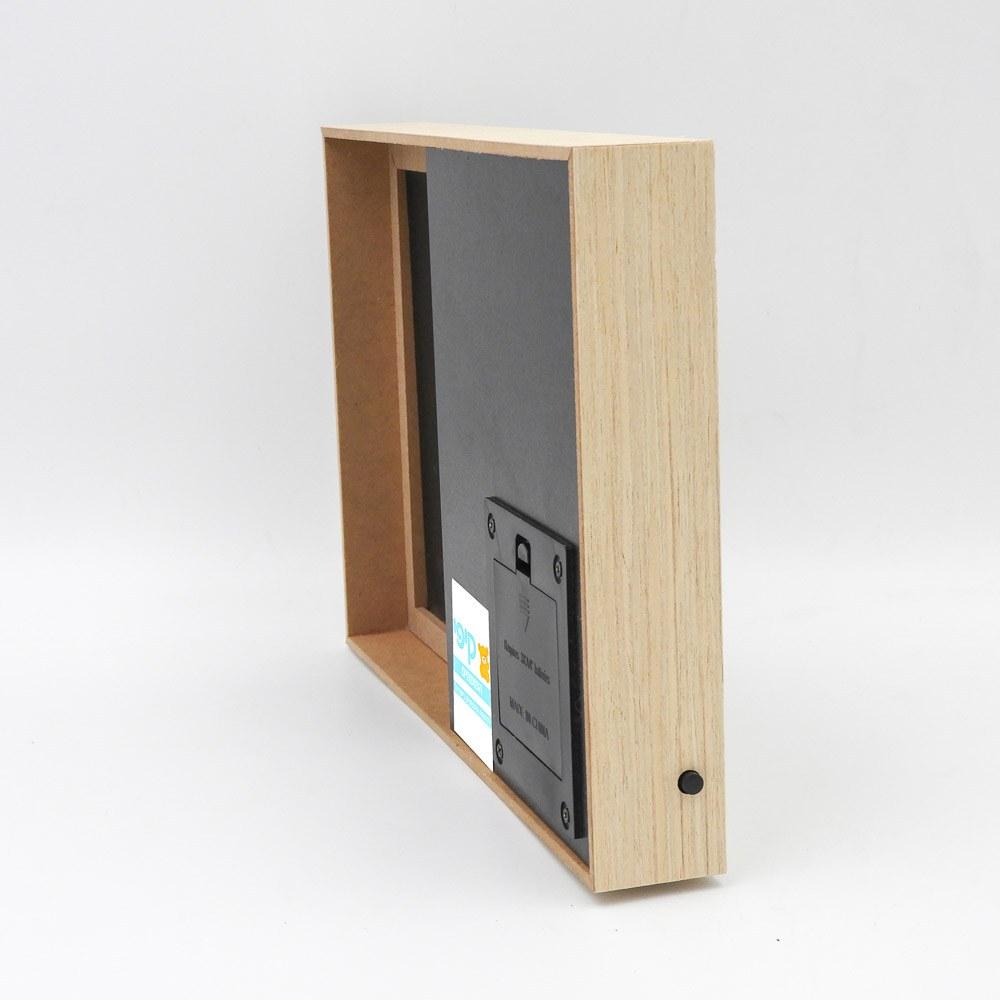 מסגרת לתמונה מעץ עם תאורה והקדשה לסבא תמונת פרופיל