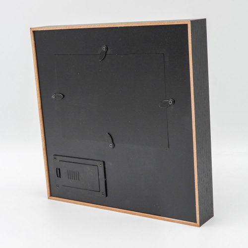 מסגרת לתמונה מתנה לבן ובת הזוג לאהבה עם מסגרת שחורה מעץ אור וחריטה צד אחורי